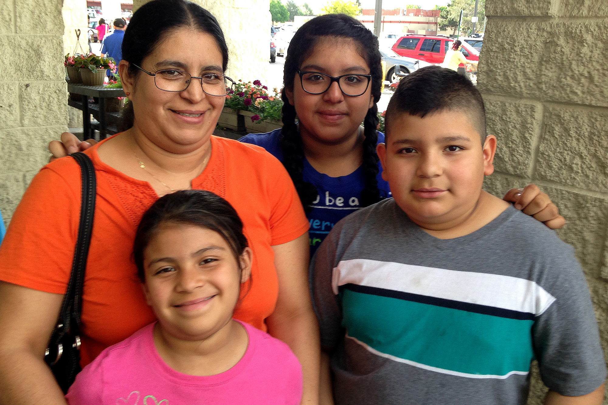 Photo: Argelia Sanchez family, childhood obesity (Daley)