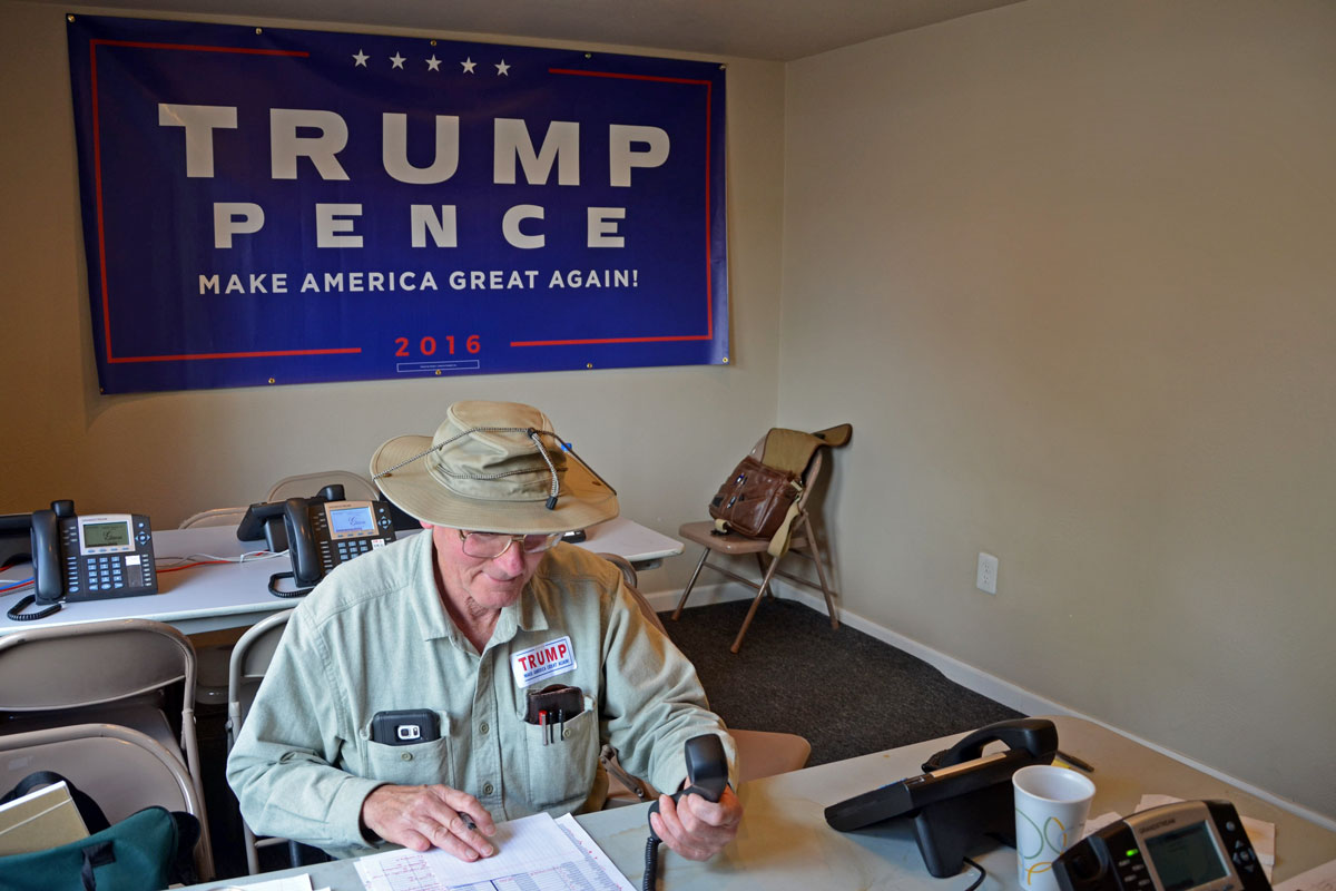 Photo: Trump Volunteer, Lakewood Phone Bank