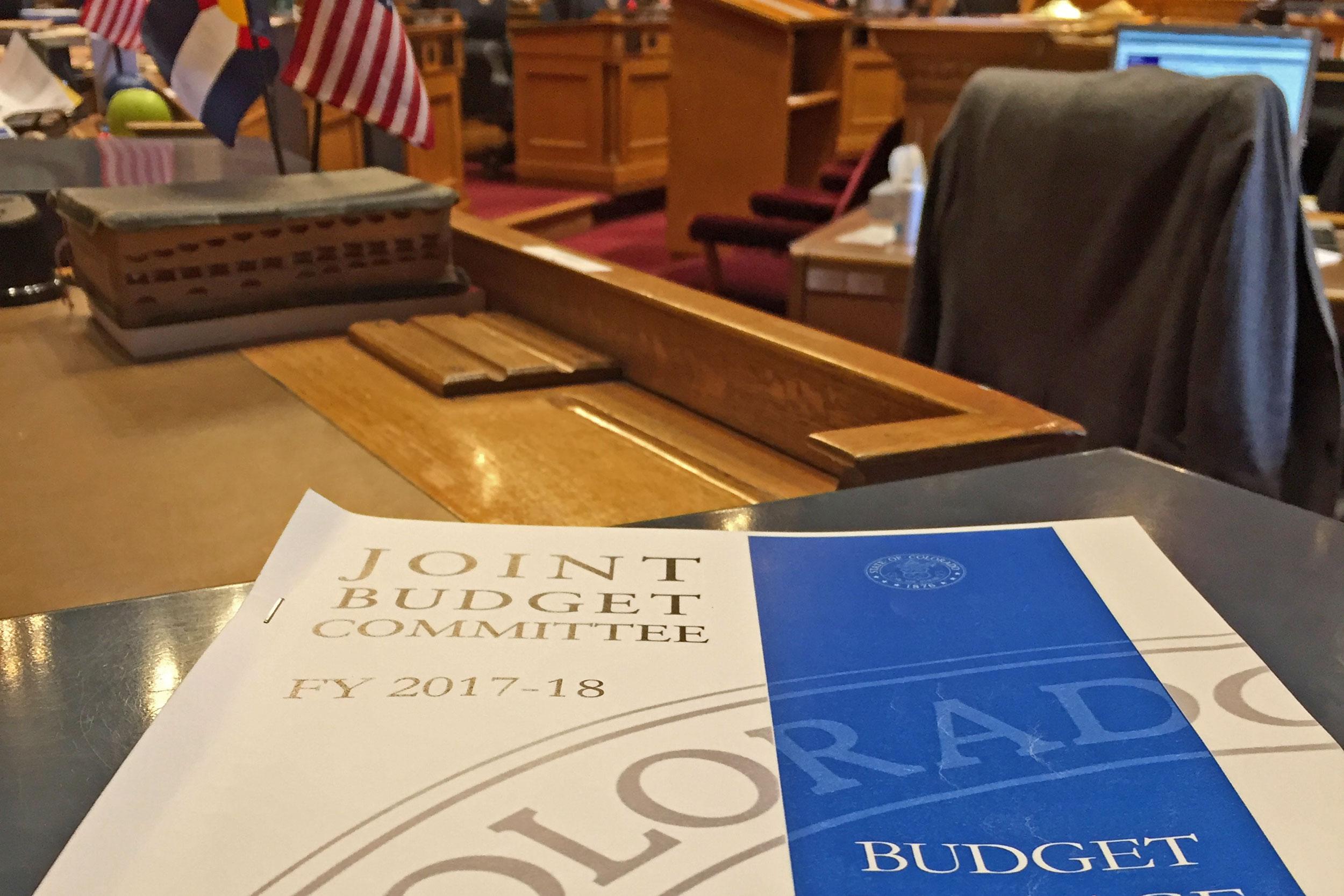 Photo: Colorado 2017 Buget Book - VVela
