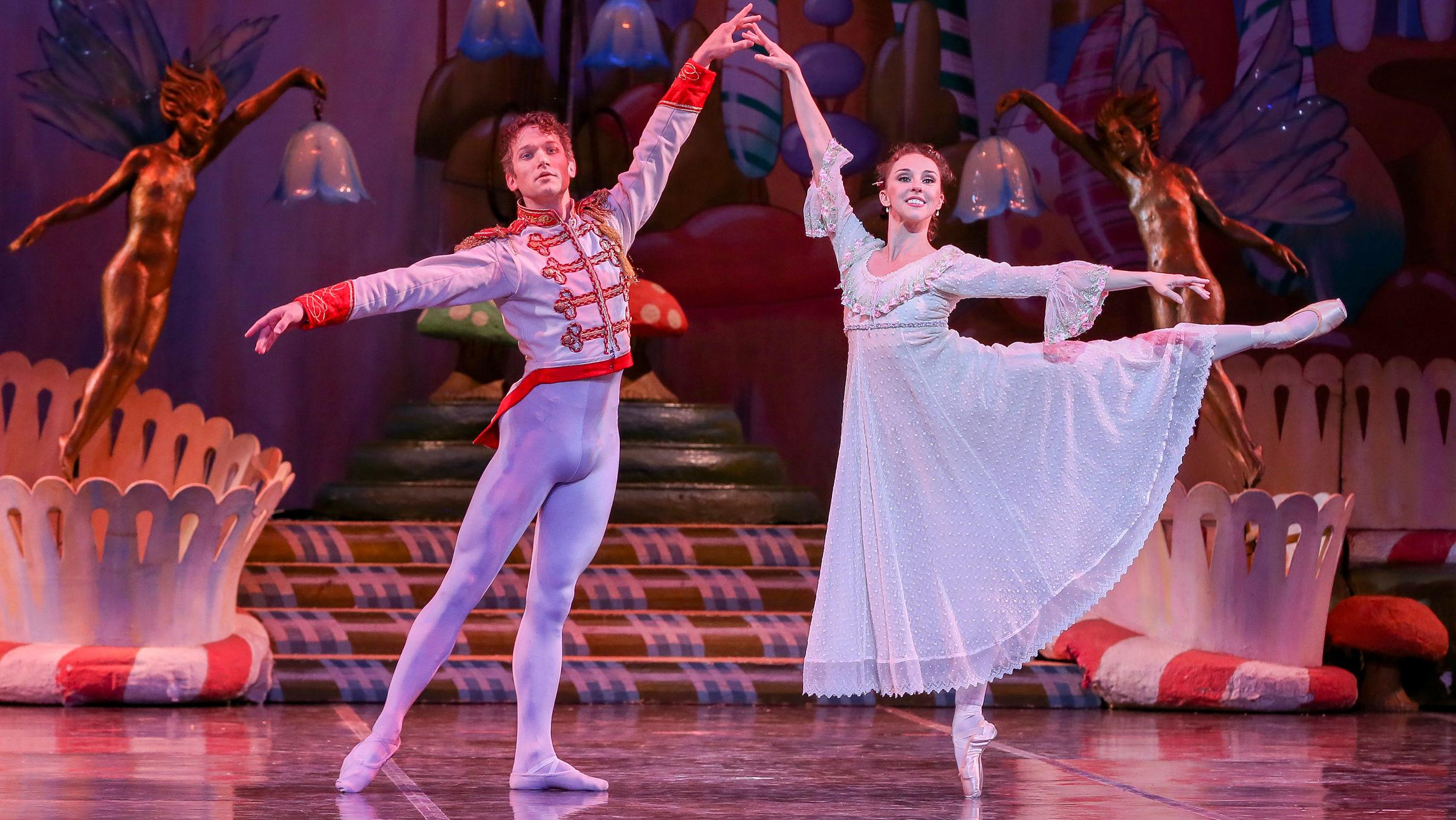 Photo: Colorado Ballet 'Nutcracker' pas de deux