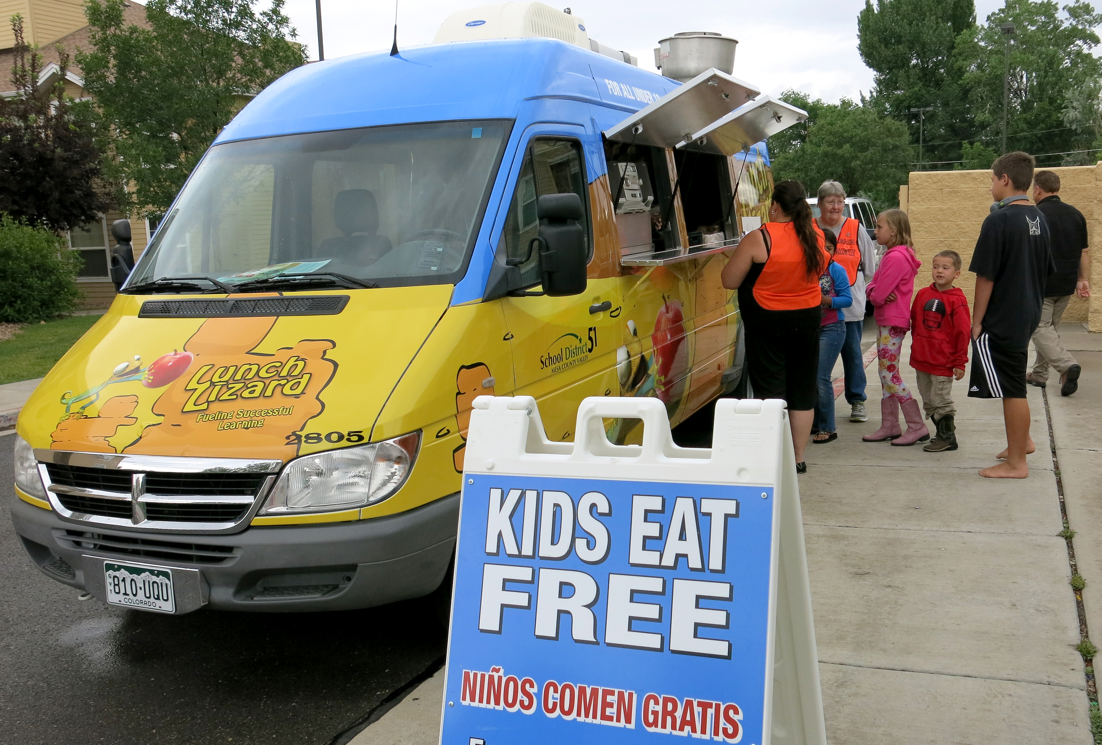 Lizard Lunch Truck Food Truck (STAFF)