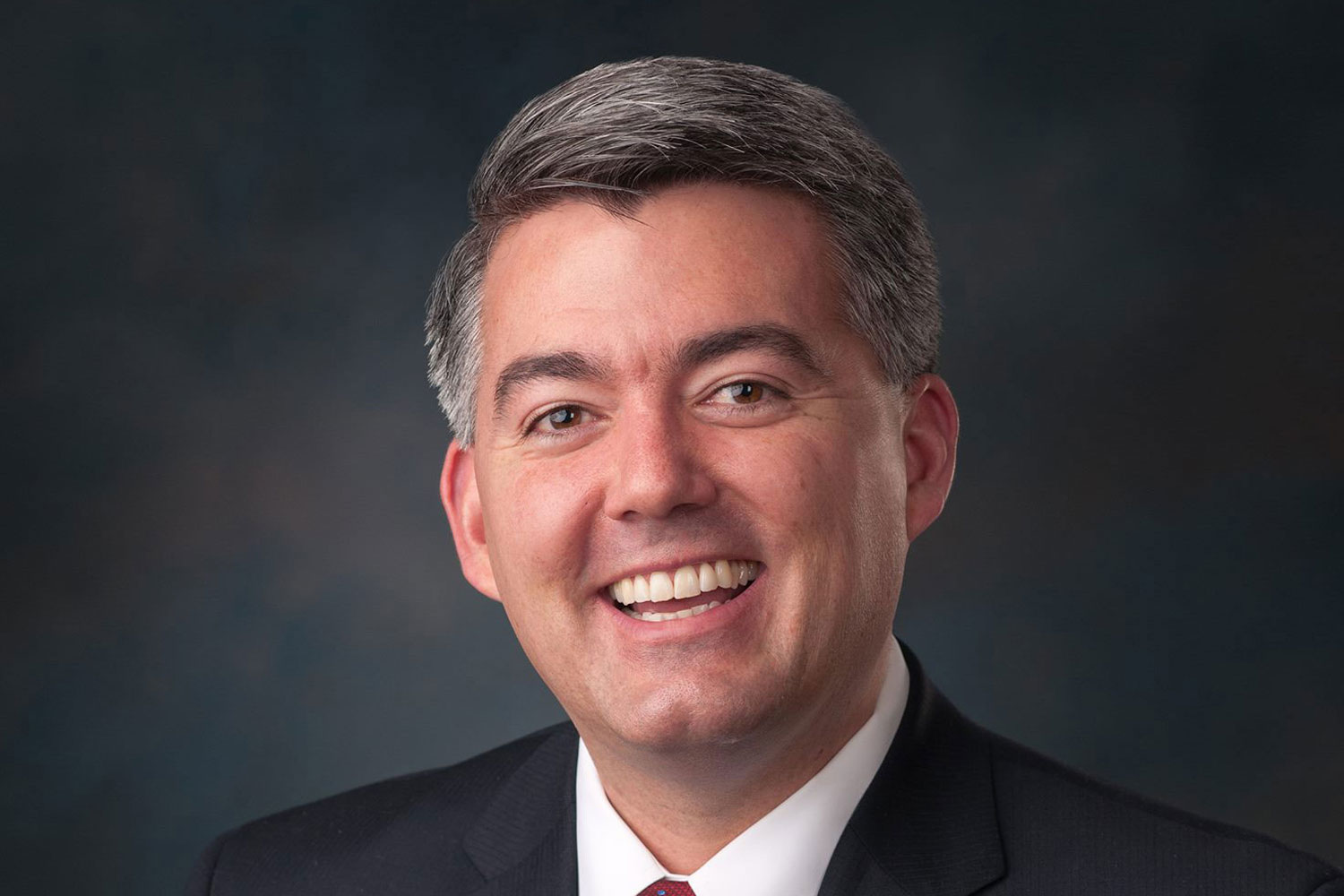 Photo: Sen. Cory Gardner Official Portrait 3x2