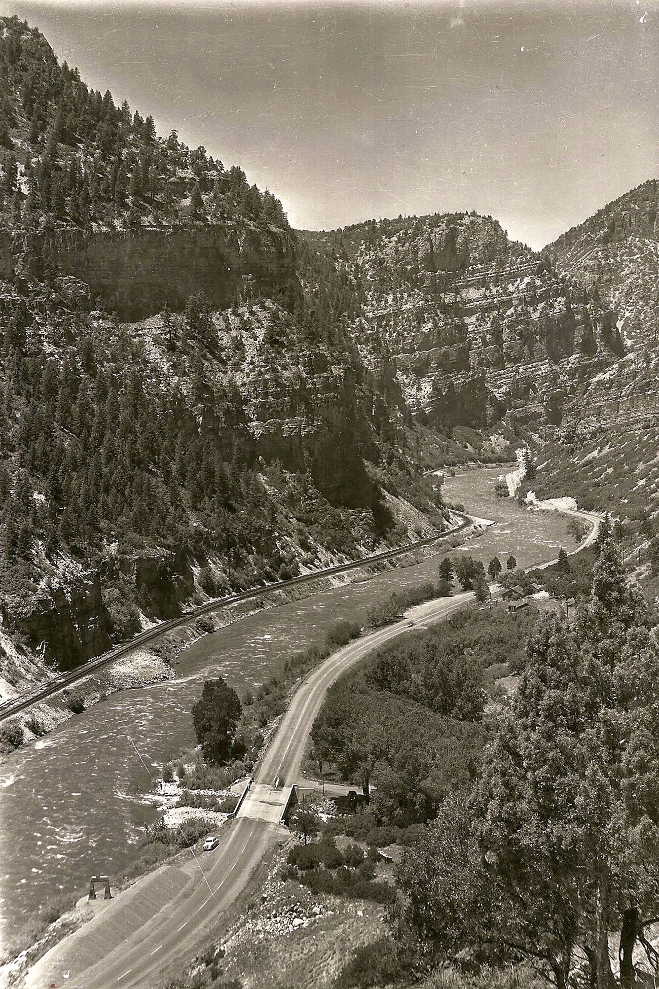Photo: Glenwood Train Monument 3 | Archive Grizzly Creek Area - Courtesy