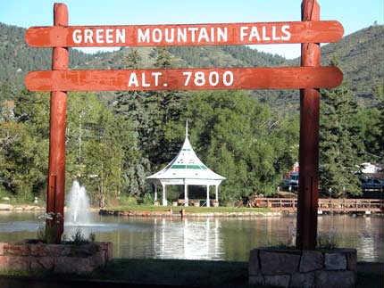 Photo: Green Mountain Falls town sign