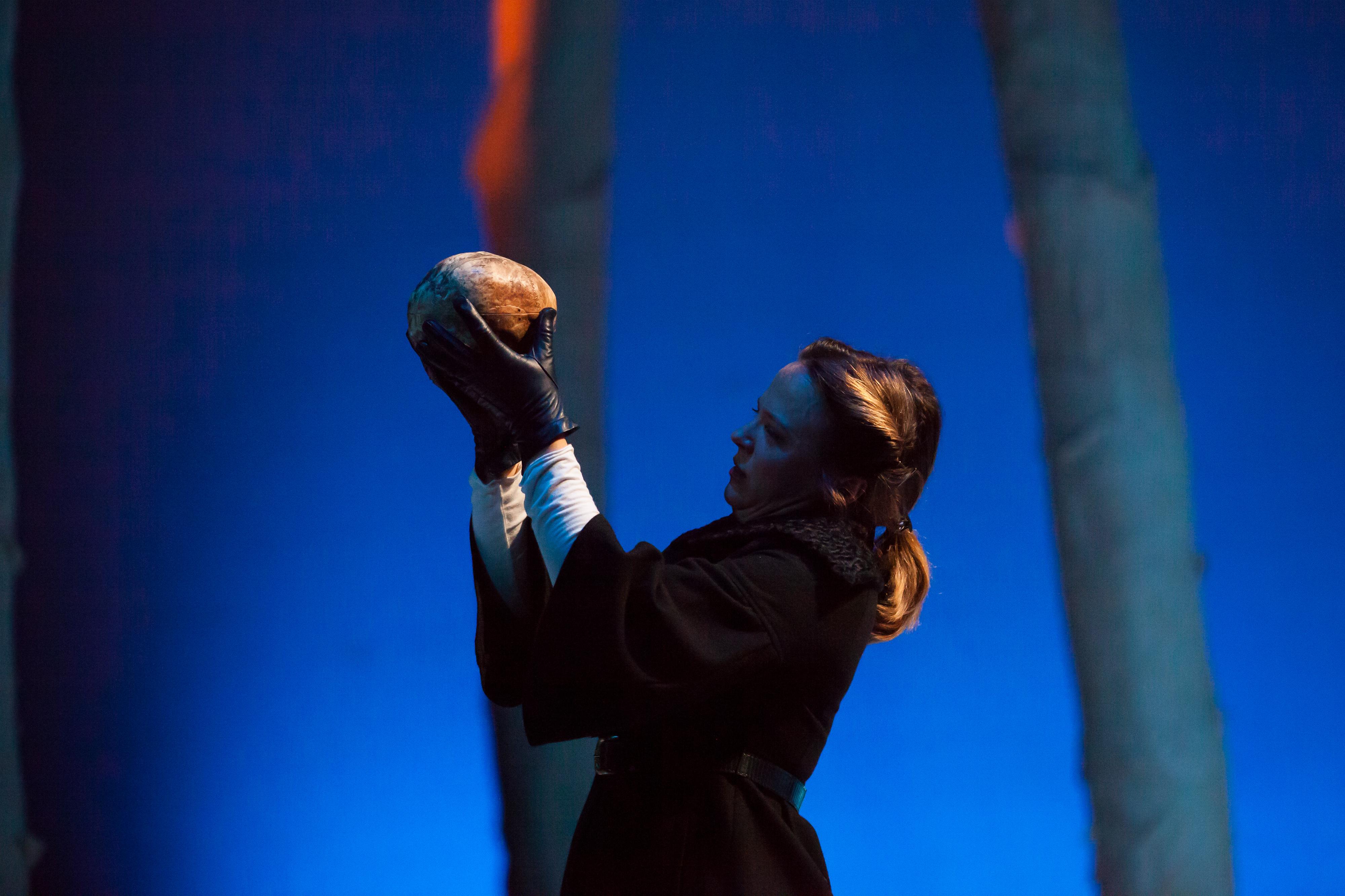 Photo: Colorado Shakespeare Festival, Hamlet 2017
