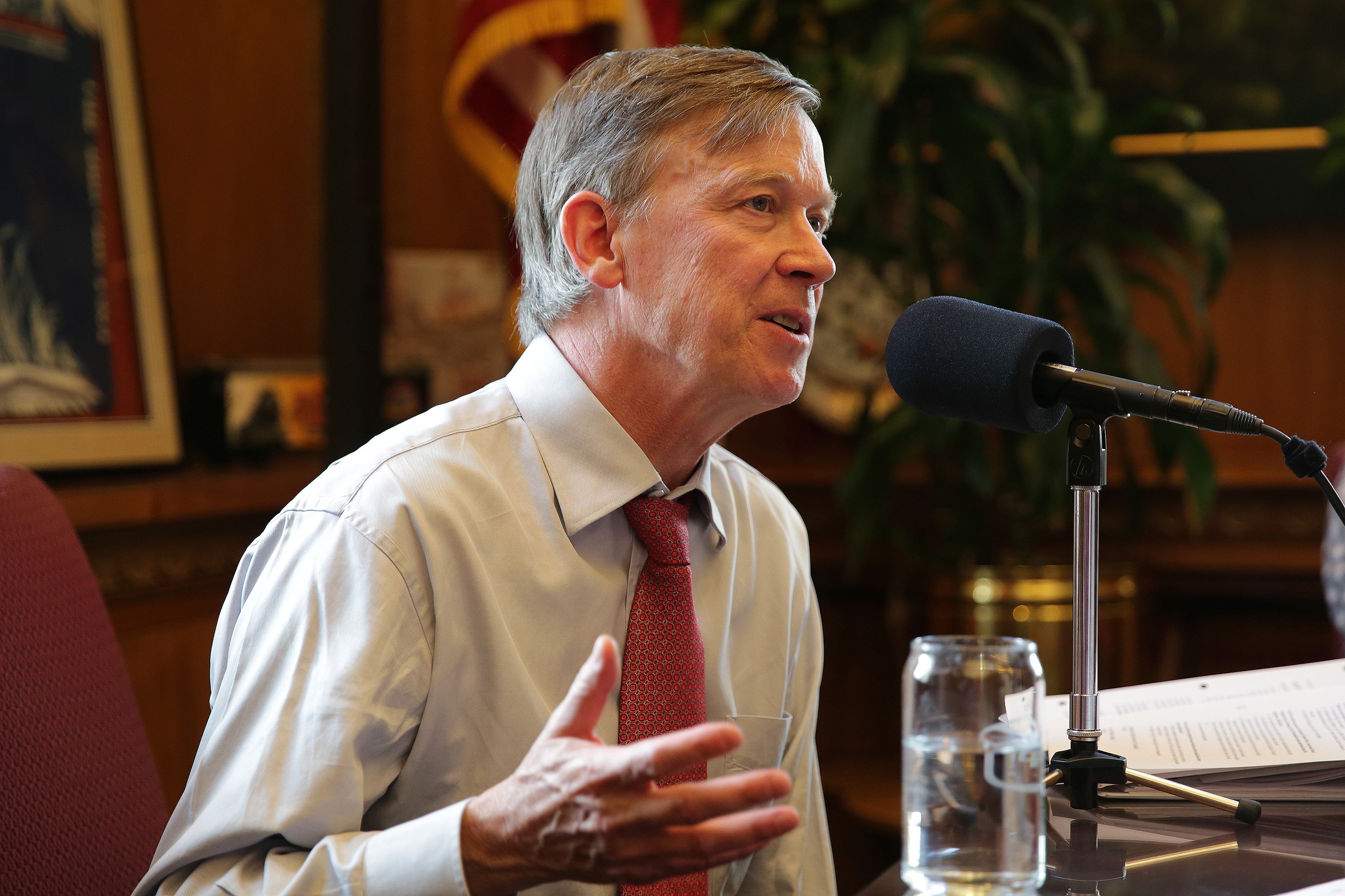 Photo: Hickenlooper On CM Jul 20 2015 Looking Right (HV)