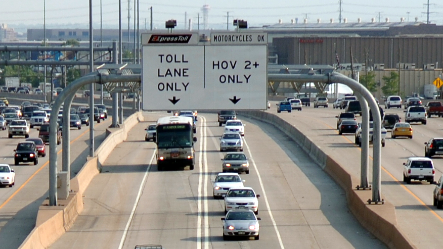 Photo: HOV lane