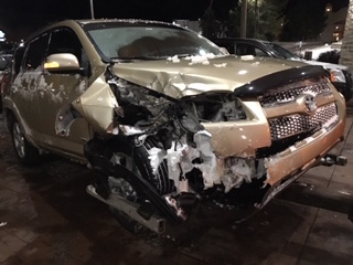 Photo: Juli Winter Bomb Cyclone Car