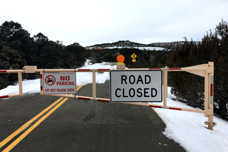 Photo: Colorado National Monument Shut Down 1 SS 20181231