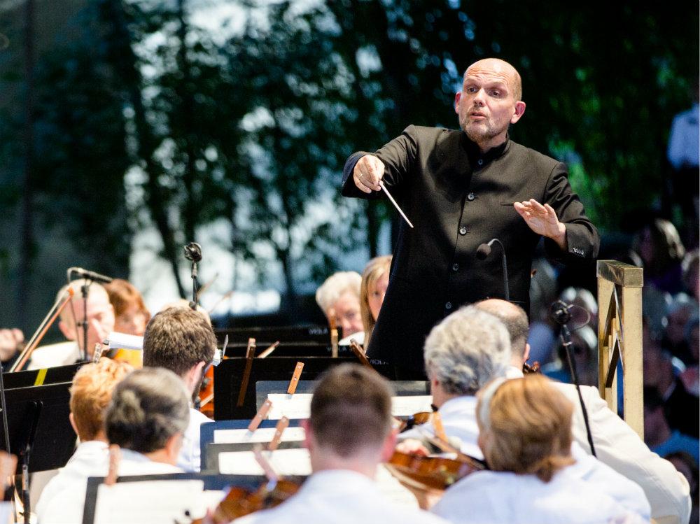 Photo: Jaap van Zweden, conductor