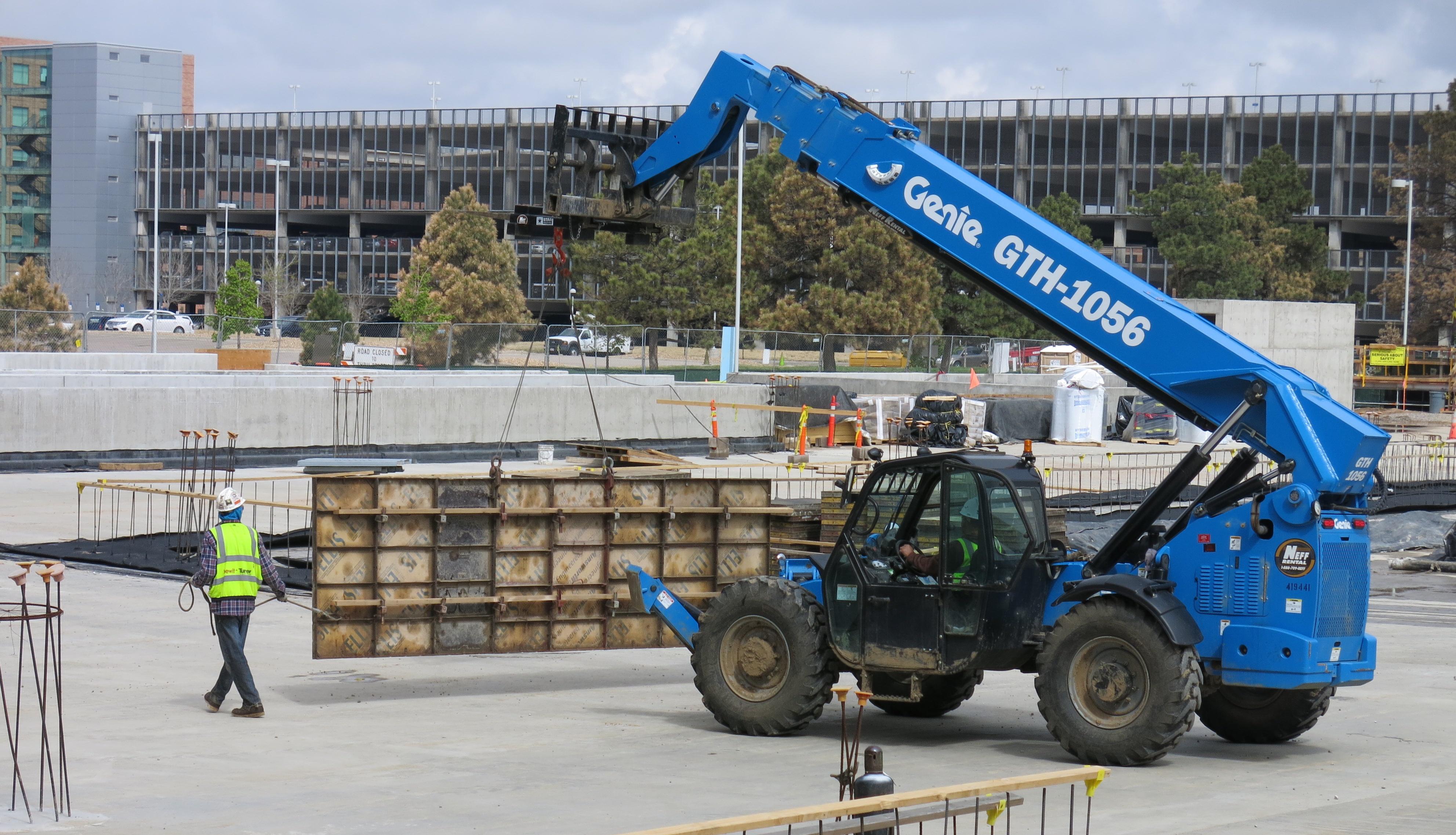 Photo: VA medical center construcrion, blue crane