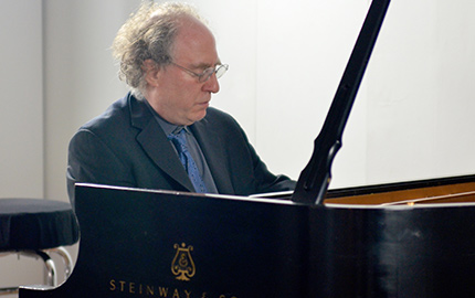 Photo: Jeffrey Kahane at CPR on Santa Fe