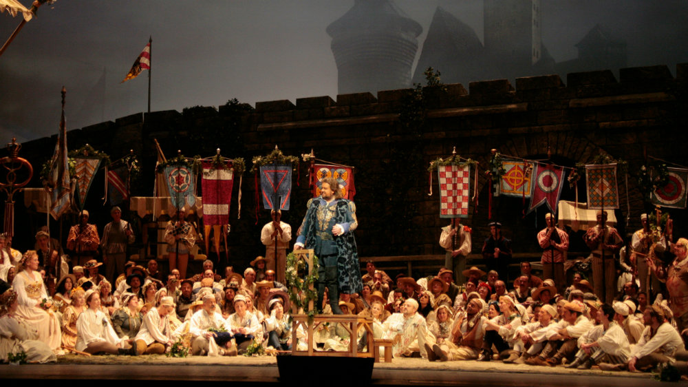 PhotoL Met Opera Meistersinger wide crop