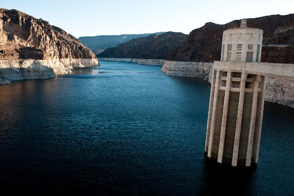 Photo:Lake Mead low, 2014
