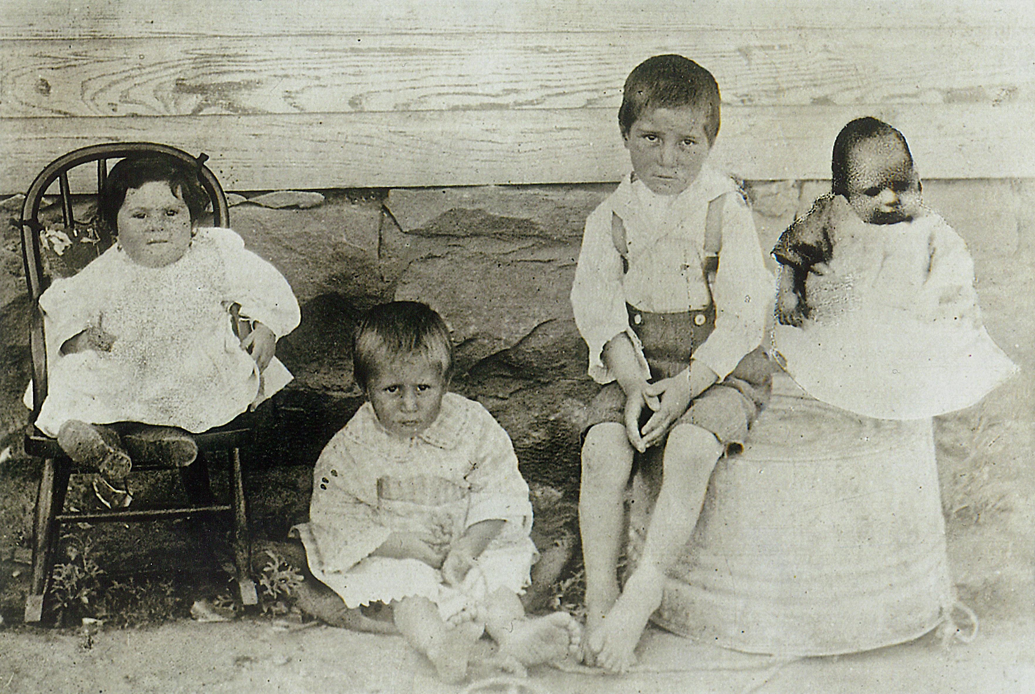 Photo: Ludlow Petrucci Children