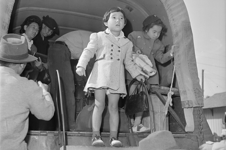 Photo: Departing Granada Relocation Center, Amache, Colo - National Archives
