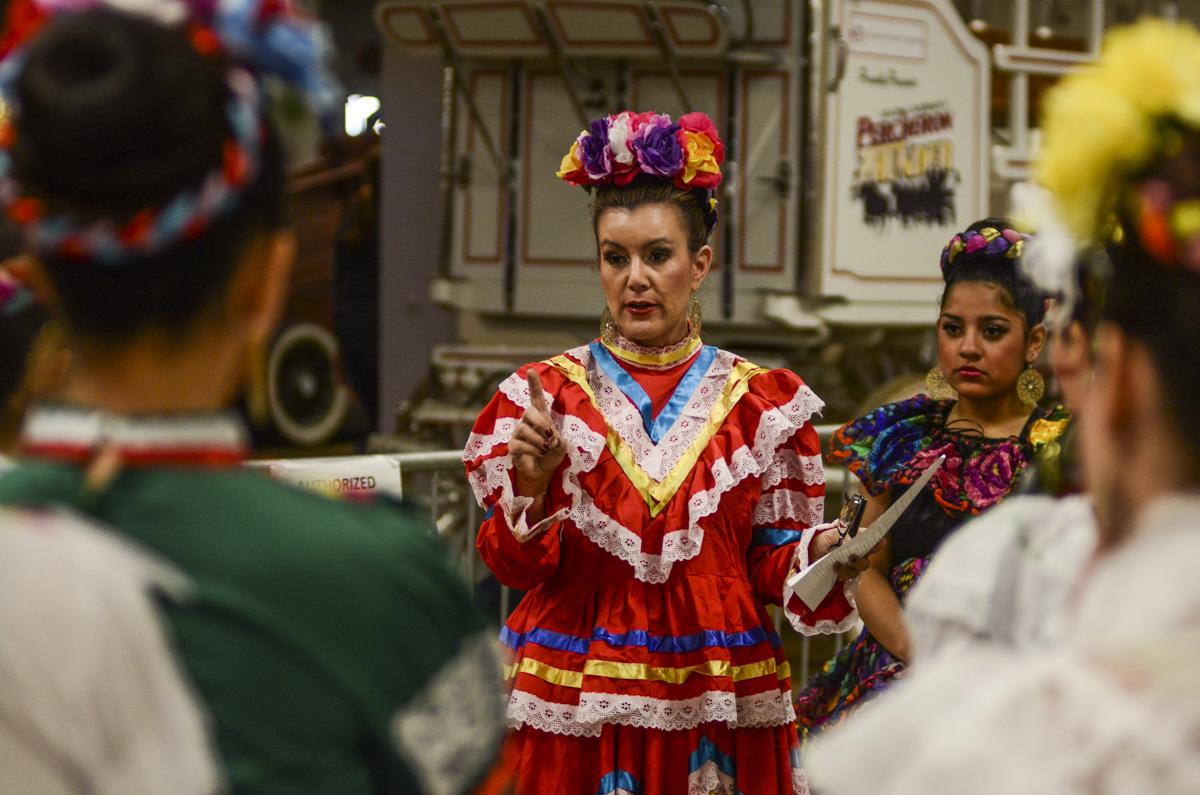 Photo: Stock Show 7 Mexican dancers