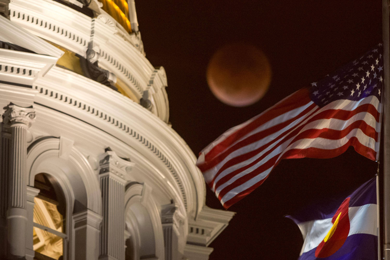 Photo: NASA Perigee Full Moon During Eclipse, Colorado Capitol