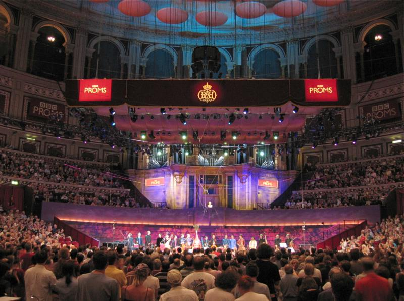 Photo: Proms photo wikimedia commons