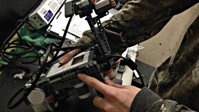 Photo: robot (CTE)