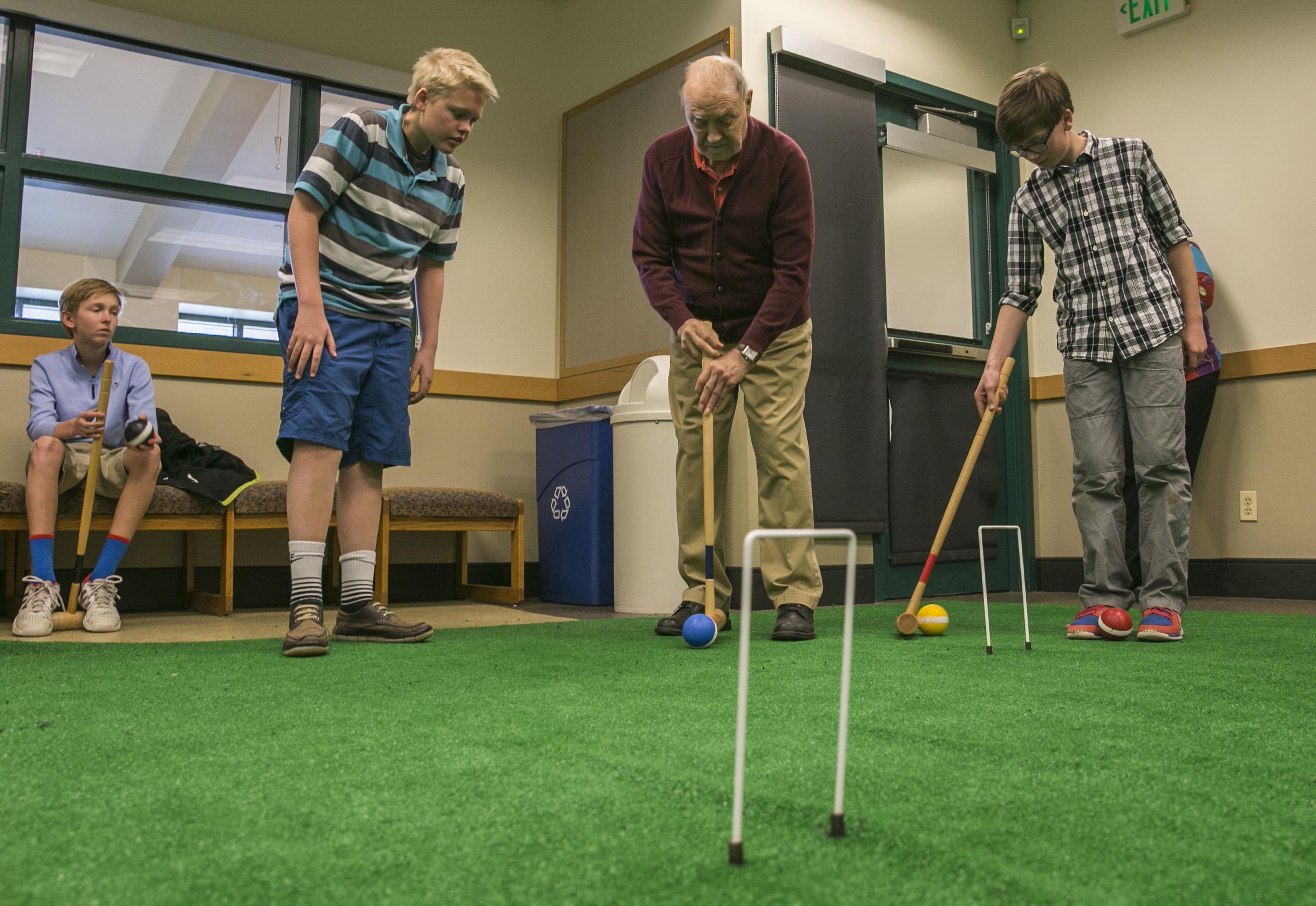 Photo: Senior croquet 3