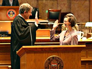 Senator Rachel Zenzinger swearing in