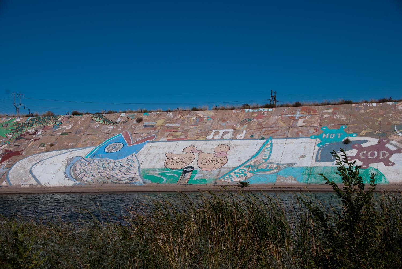 Photo: Pueblo Levee Mural Fish