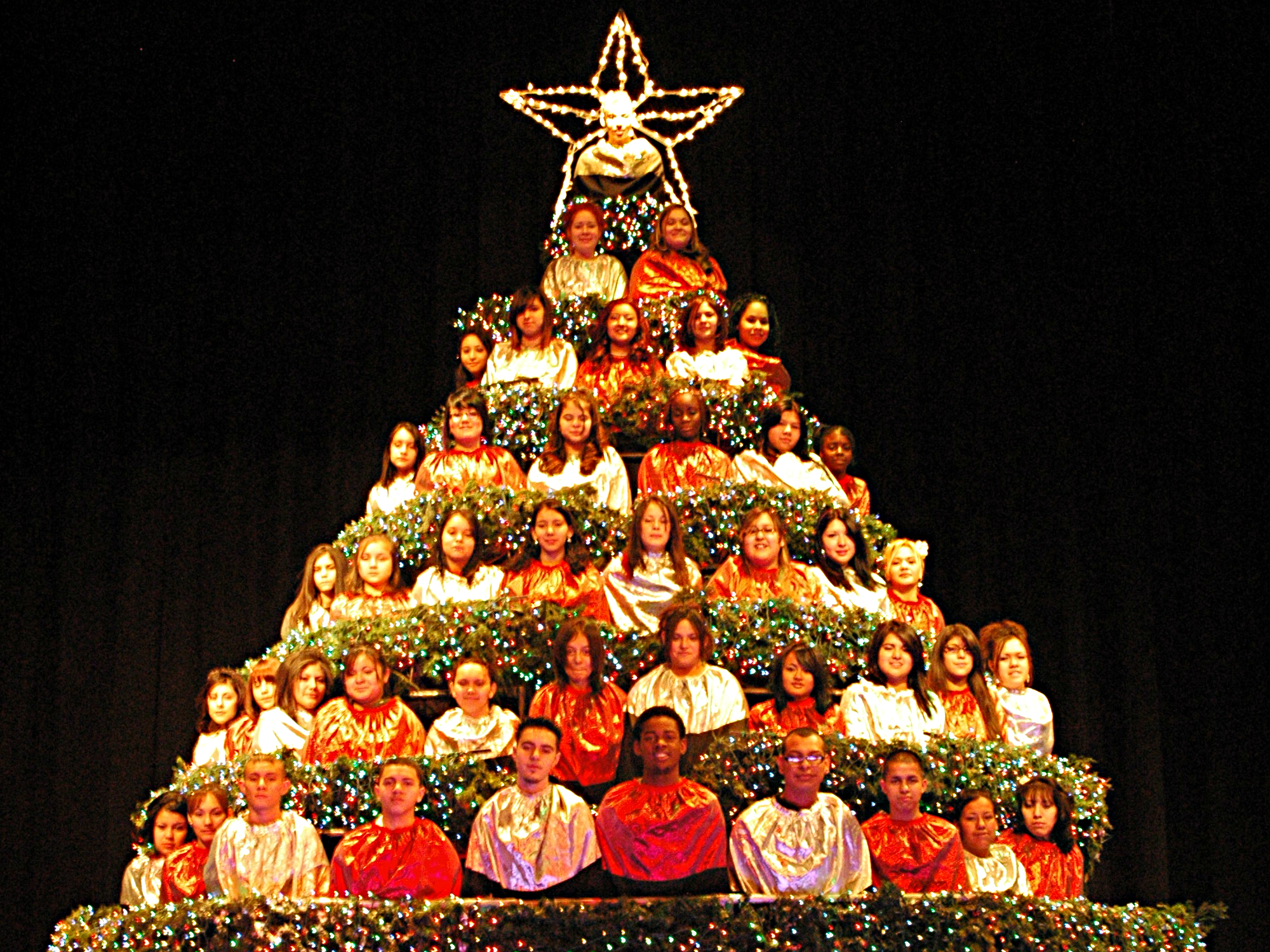 Photo: Singing Christmas Tree