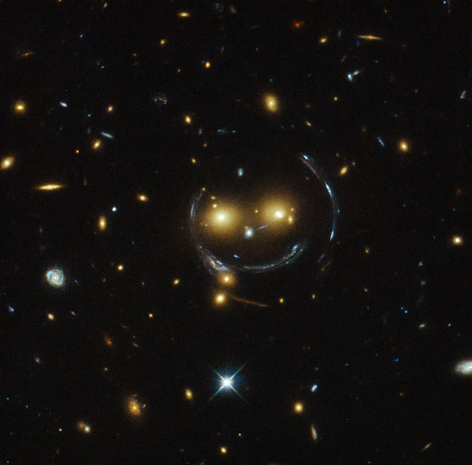 Forget the man in the moon: Check out this smiling galaxy photo