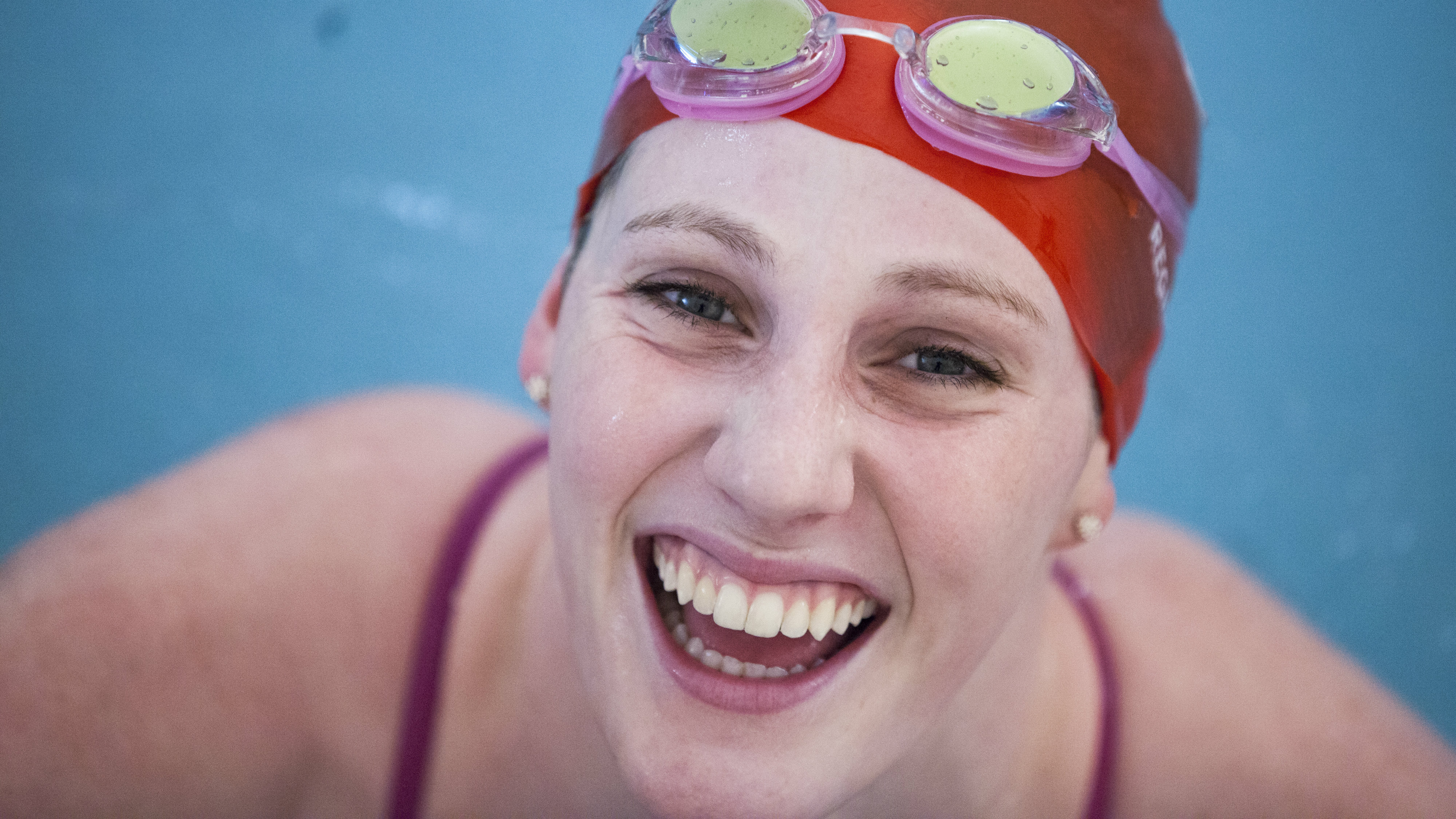 Photo: Swimmer Missy Franklin smiles in a pool