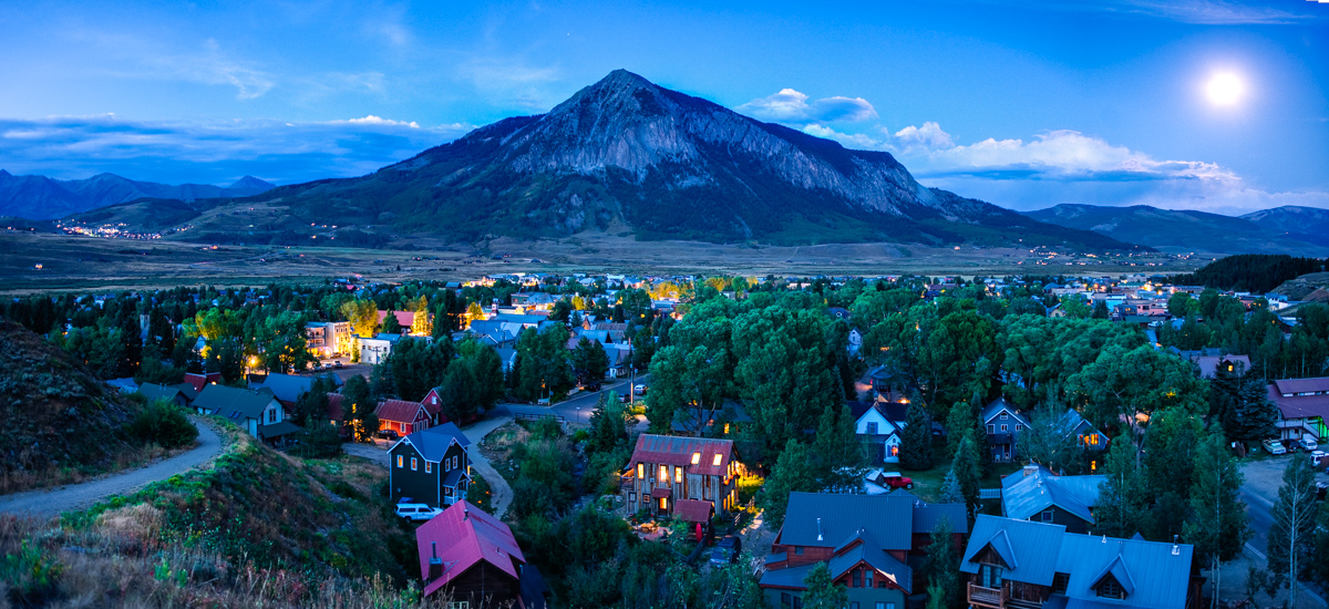 Photo: Crested Butte at night