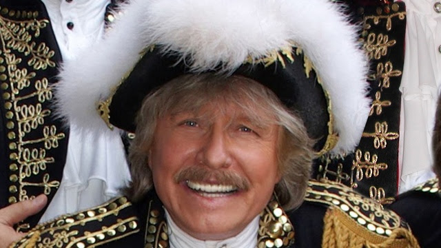 photo: Paul Revere press