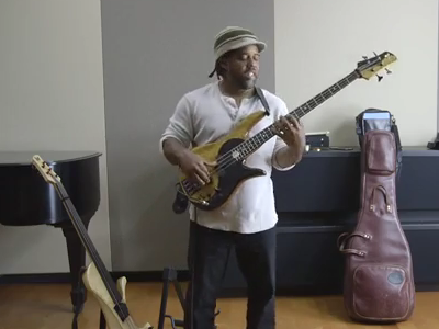 Photo: Victor Wooten performance studio thumbnail