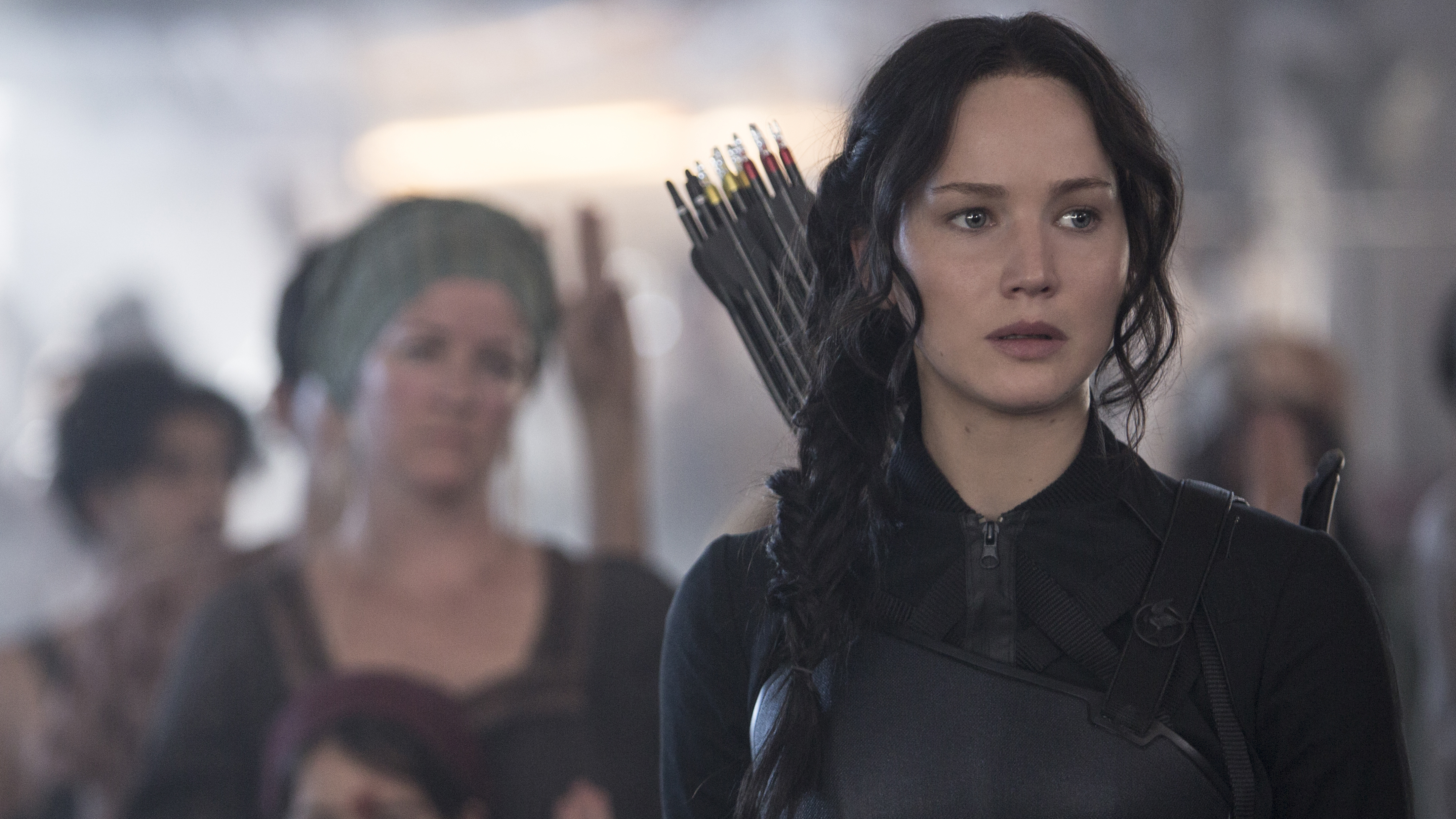 'Hunger Games' movie review: It's getting serious in Panem ...
