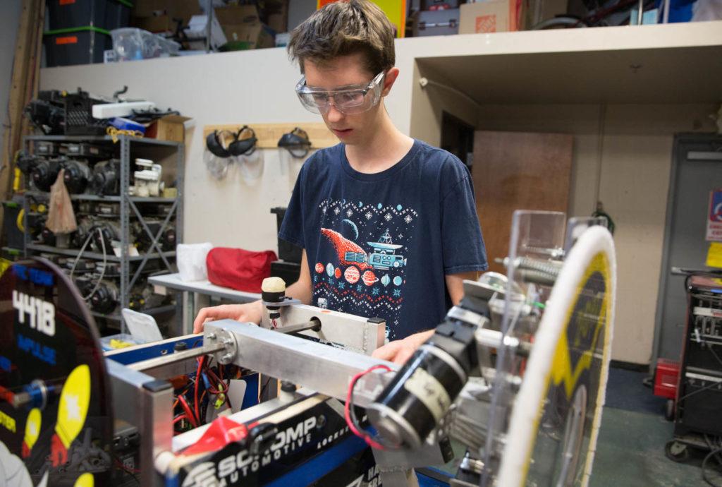 STEM SCHOOL ROBOTOCS TEAM RETURNS