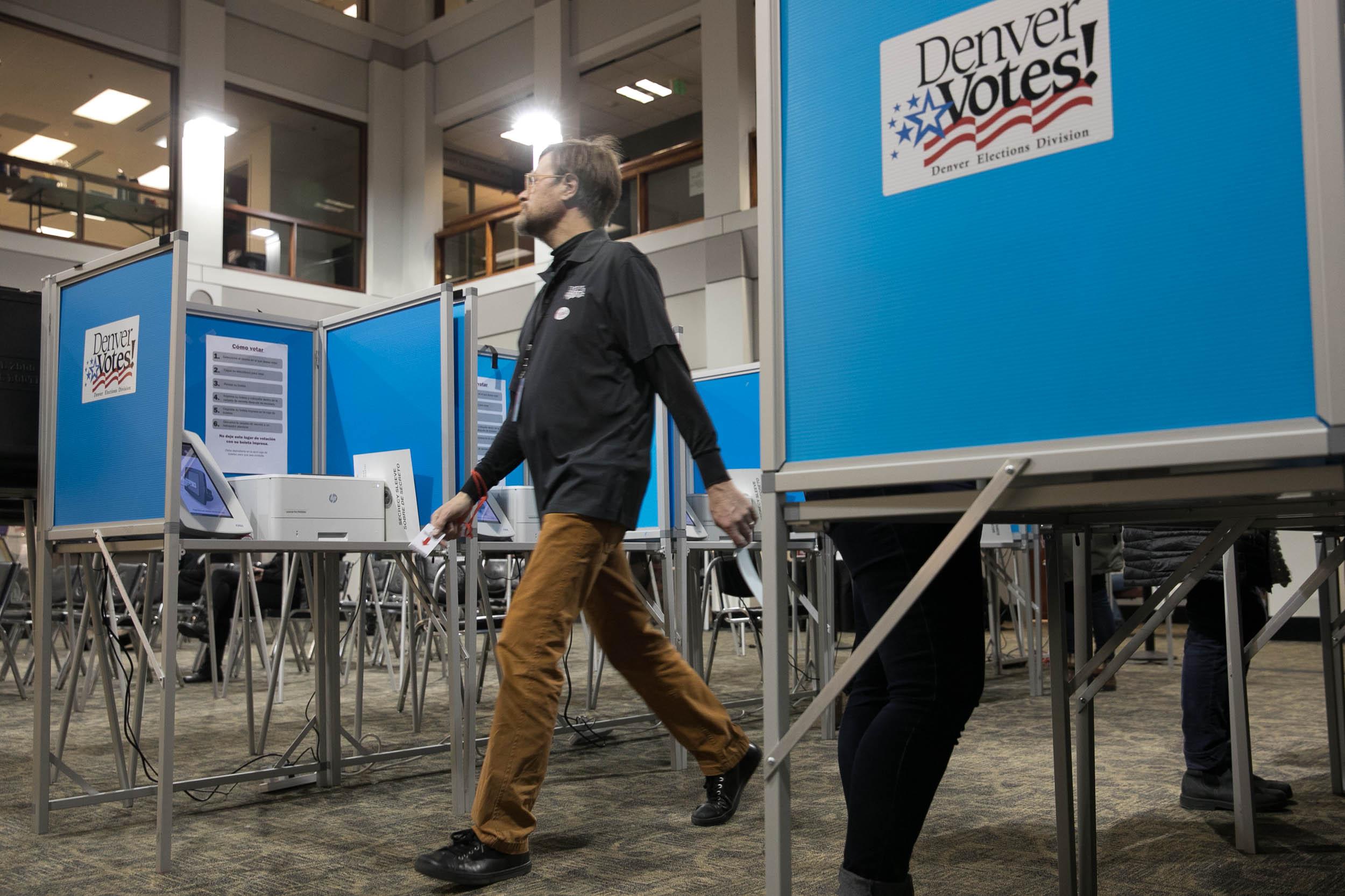 191105 ELECTION DAY PM VOTING DENVER