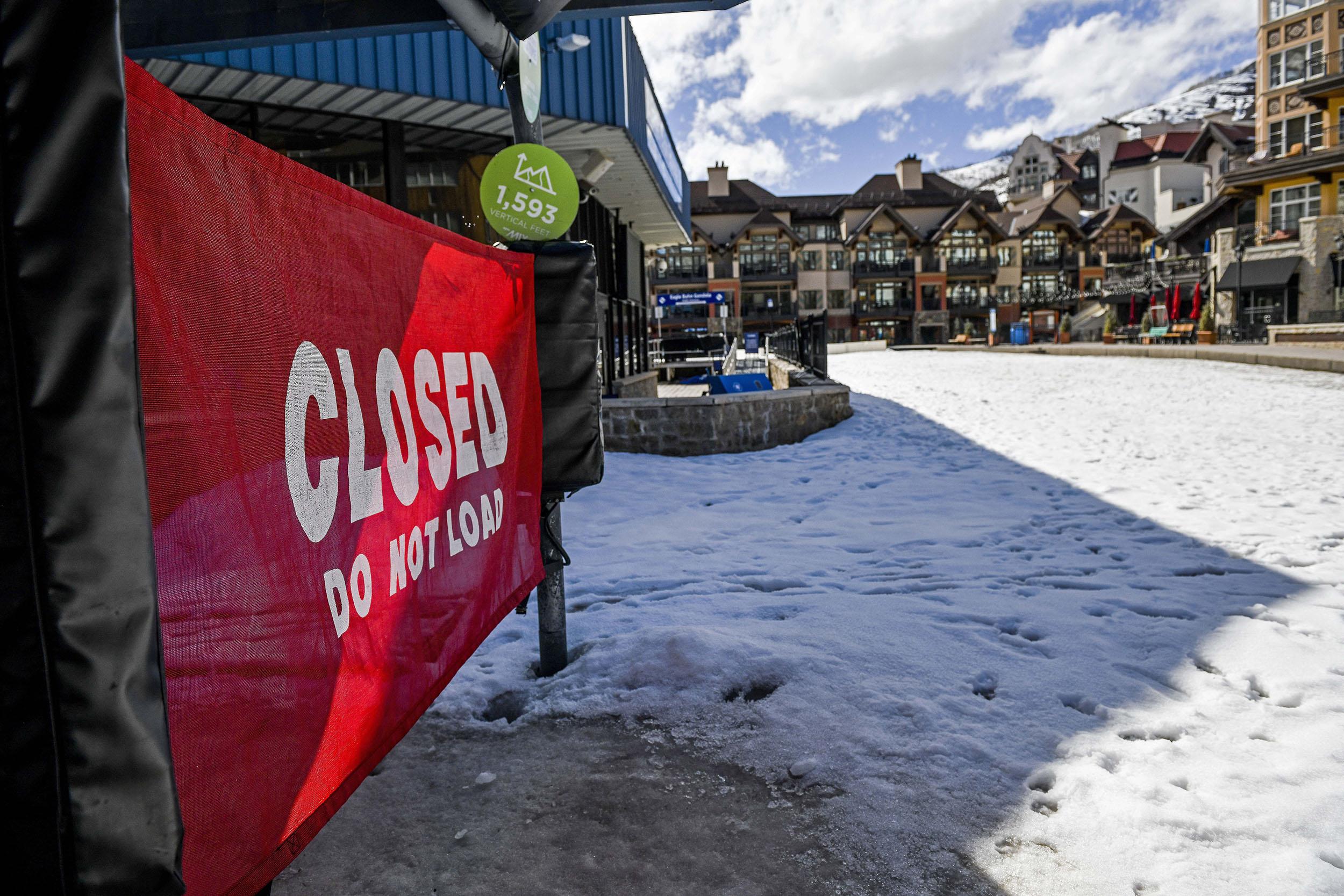 Virus Outbreak Colorado Ski Towns