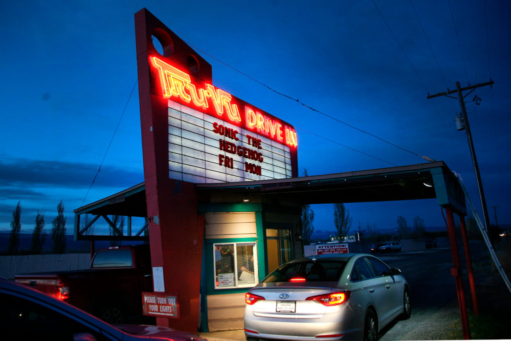 Delta Drive In Movie Theatre Tru Vu Open During Stay At Home Orders