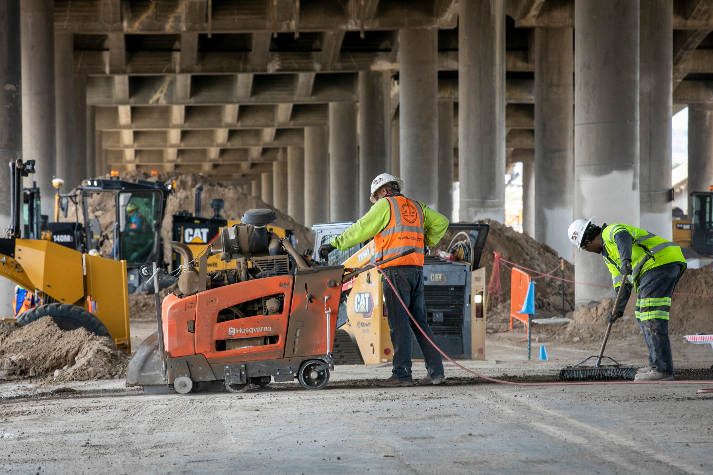 Workers on the Central 70 project