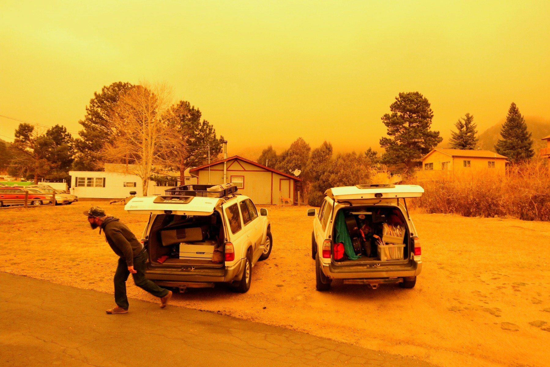Jeremy Johnston evacuates from Estes Park on Thursday, Oct. 22.