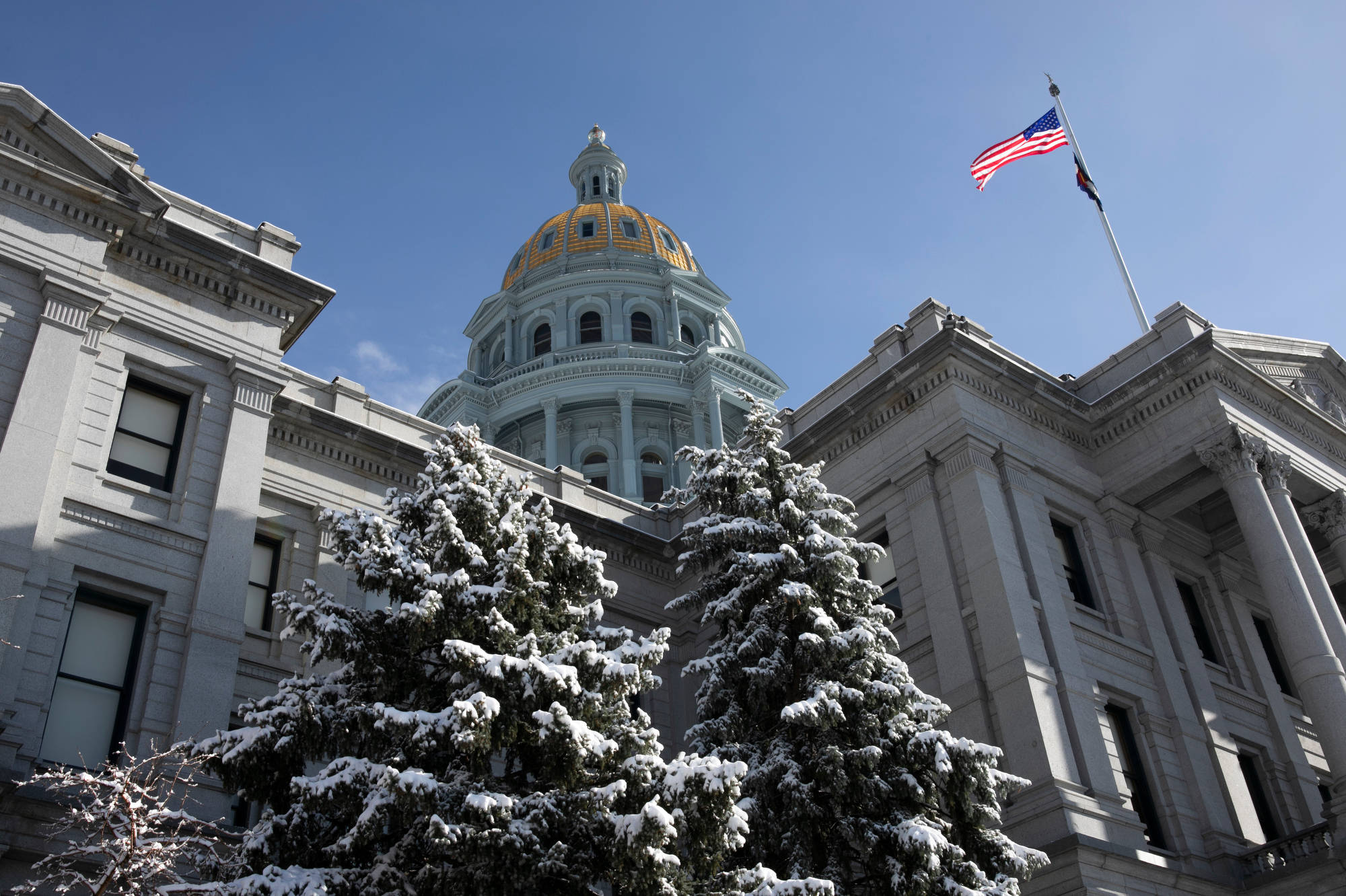STATE-CAPITOL-201124