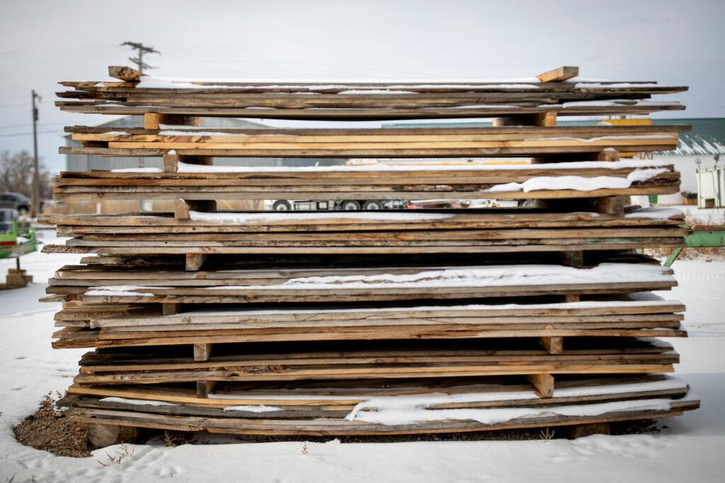 WILDFIRE-GOLDEN-WEST-AULT-SAWMILL-201214