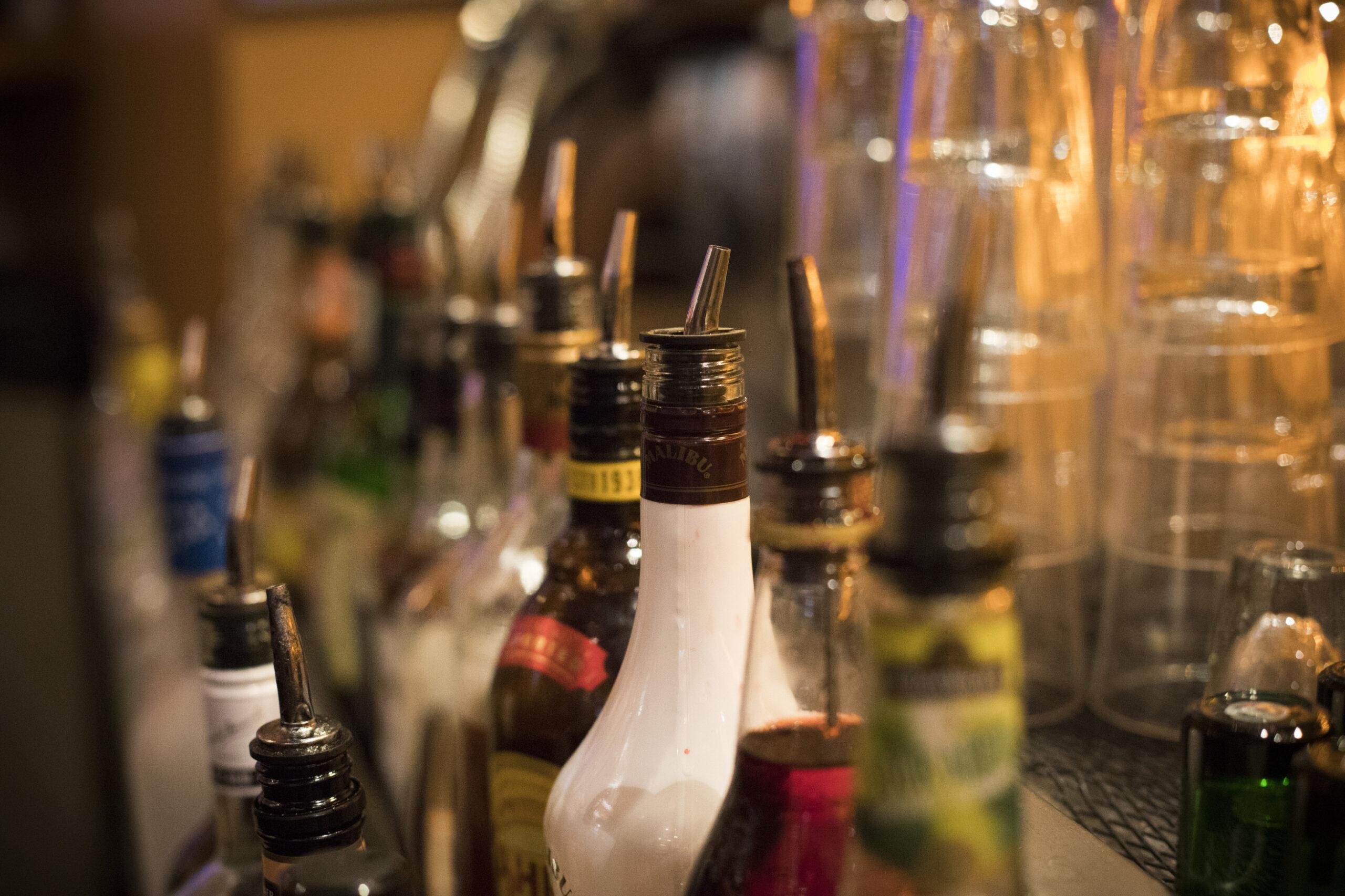 liquor , alcohol