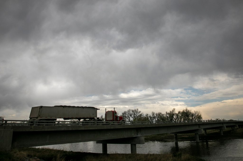 STORM-WEATHER-RAIN-CLOUDS-WELD-COUNTY-210514