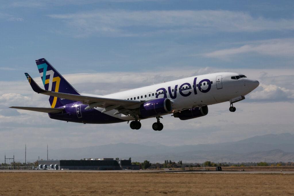 211006-NOCO-AIRPORT-COMMERCIAL-FLIGHT-AVELO-006