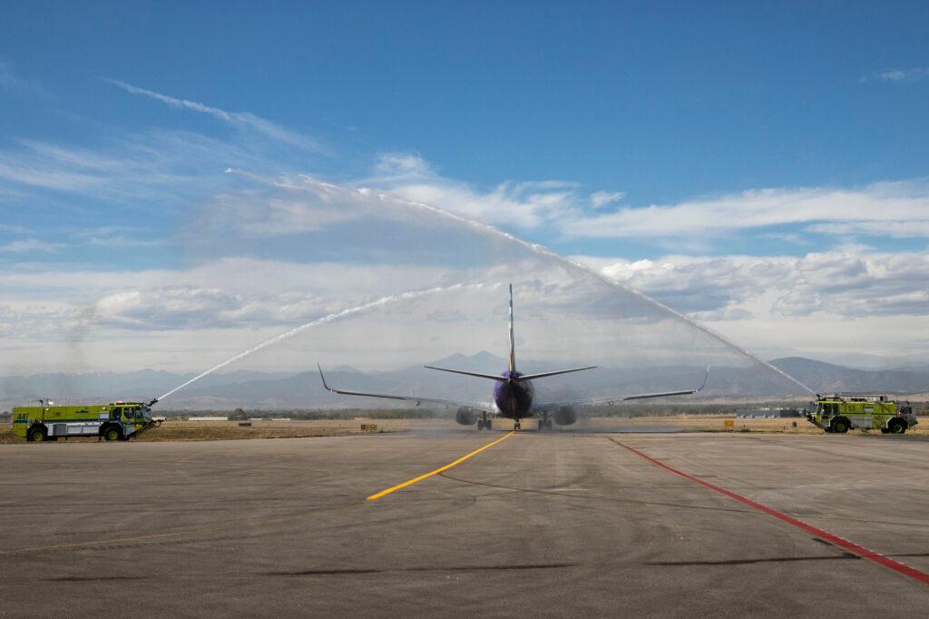 211006-NOCO-AIRPORT-COMMERCIAL-FLIGHT-AVELO-004